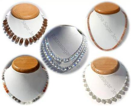 all types of moonstone beads