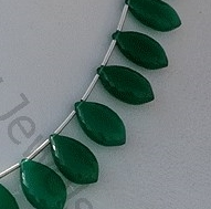 aaa Green Onyx Gemstone Dolphin Shape Beads