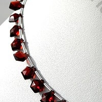 8 inch strand Garnet Gemstone Polygon Diamond Cut