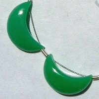 wholesale Chrysoprase Gemstone  Moon Shape