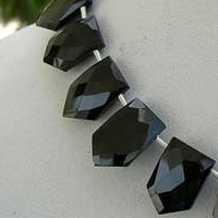 8 inch strand Black spinel pentagon shape