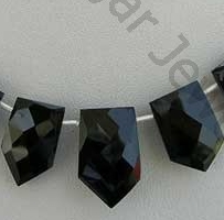 aaa Black spinel pentagon shape