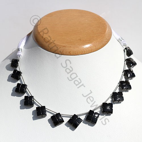 Black spinel Clove Beads