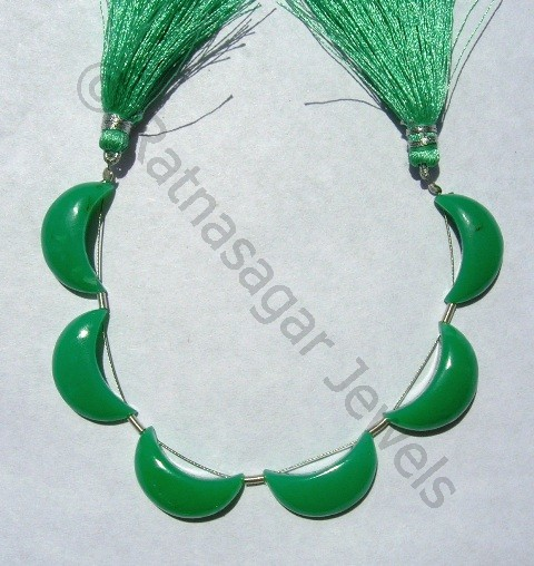Chrysoprase Gemstone  Moon Shape